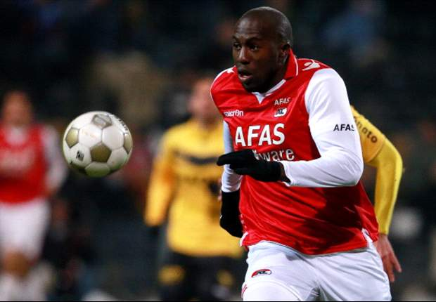 Amid racist chants, Altidore sets career high in goals with PK in AZ's Dutch Cup win