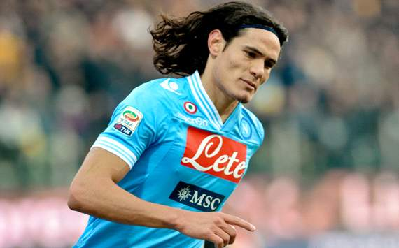 Napoli remain adamant Cavani is not for sale