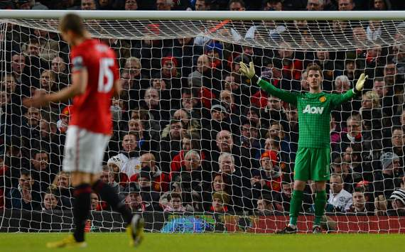 'The more games he plays, the better he will become' - Vidic defends under-fire De Gea
