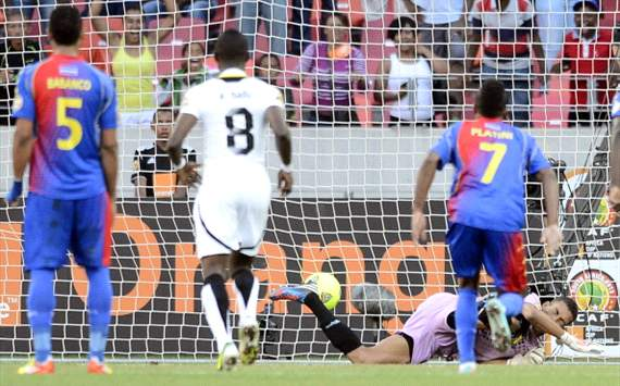 Mubarak Wakaso scores against Cape Verde - 2013 Afcon