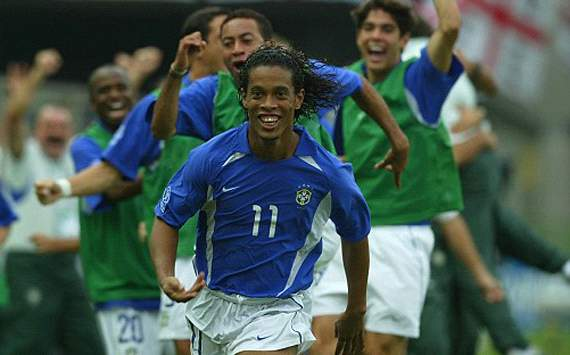 Ronaldinho to start for Brazil against England