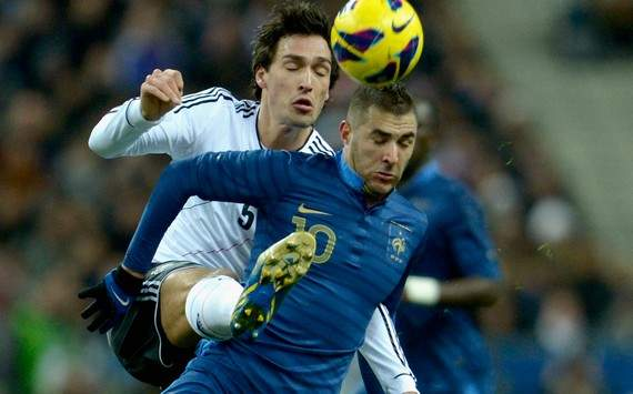 International Friendly : Karim Benzema vs Mats Hummels (France vs Germany)