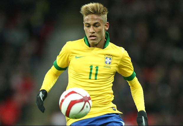 Neymar denies talking with Dante about Bayern Munich move