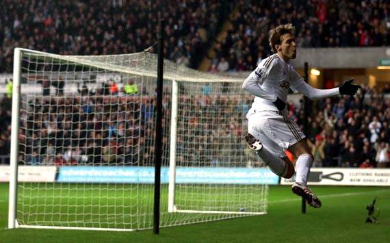 EPL, Swansea City v QPR, Michu