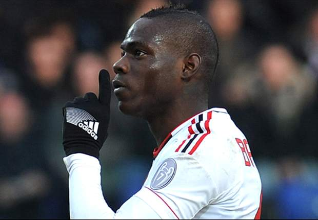 Il Milan spegne sul nascere le polemiche 'social' sul Balotelli anti-Inter: &quot;Mario non ha mai fatto commenti su Facebook&quot;