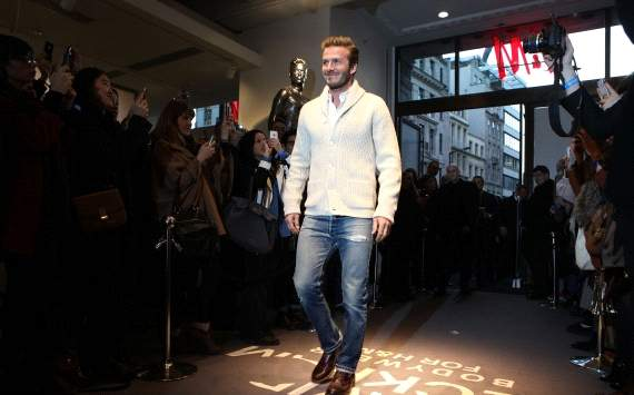 Extra Time: Fashionably late? Beckham stuck in New York snow