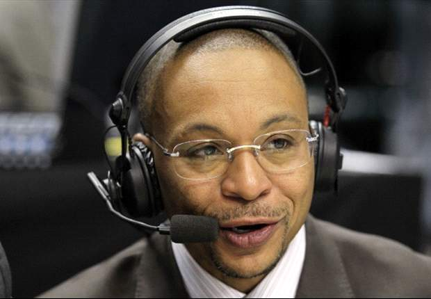 Avi Creditor: Gus Johnson's transition to soccer worth getting excited about