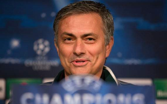 Mourinho fuels talk of Chelsea return