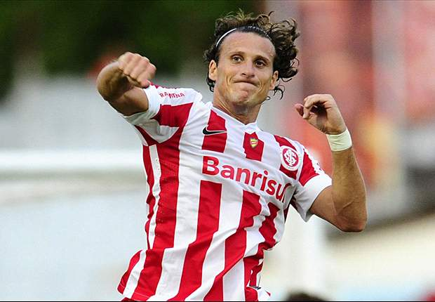 Forlan targeted by Zaragoza in January, says Jimenez