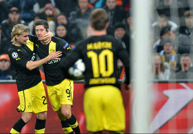 Dortmund chief plays down Lewandowski exit talk