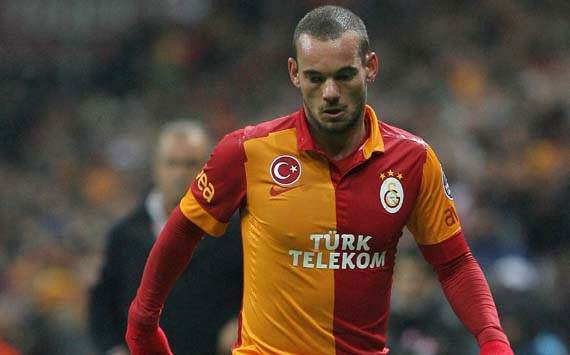 Sneijder relishes special Galatasaray Champions League debut