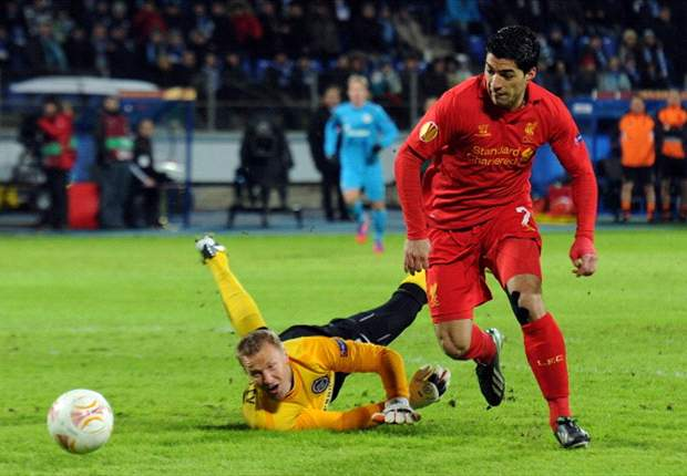 Suarez left in solitude as Zenit defeat lays Liverpool shortcomings bare
