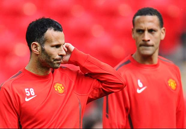Sir Alex Ferguson reveals Rio Ferdinand could extend Manchester United contract