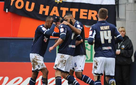 Luton Town vs Millwall, Rob Hulse