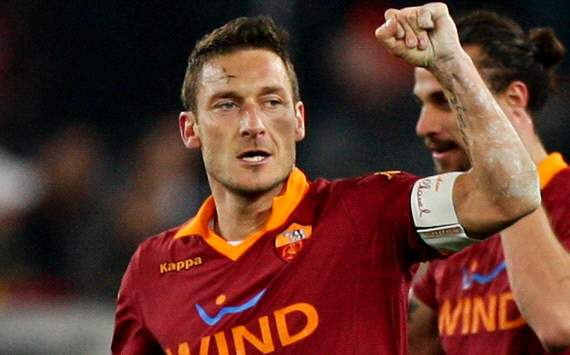 Francesco Totti Mendapat Kejutan Di Trigoria
