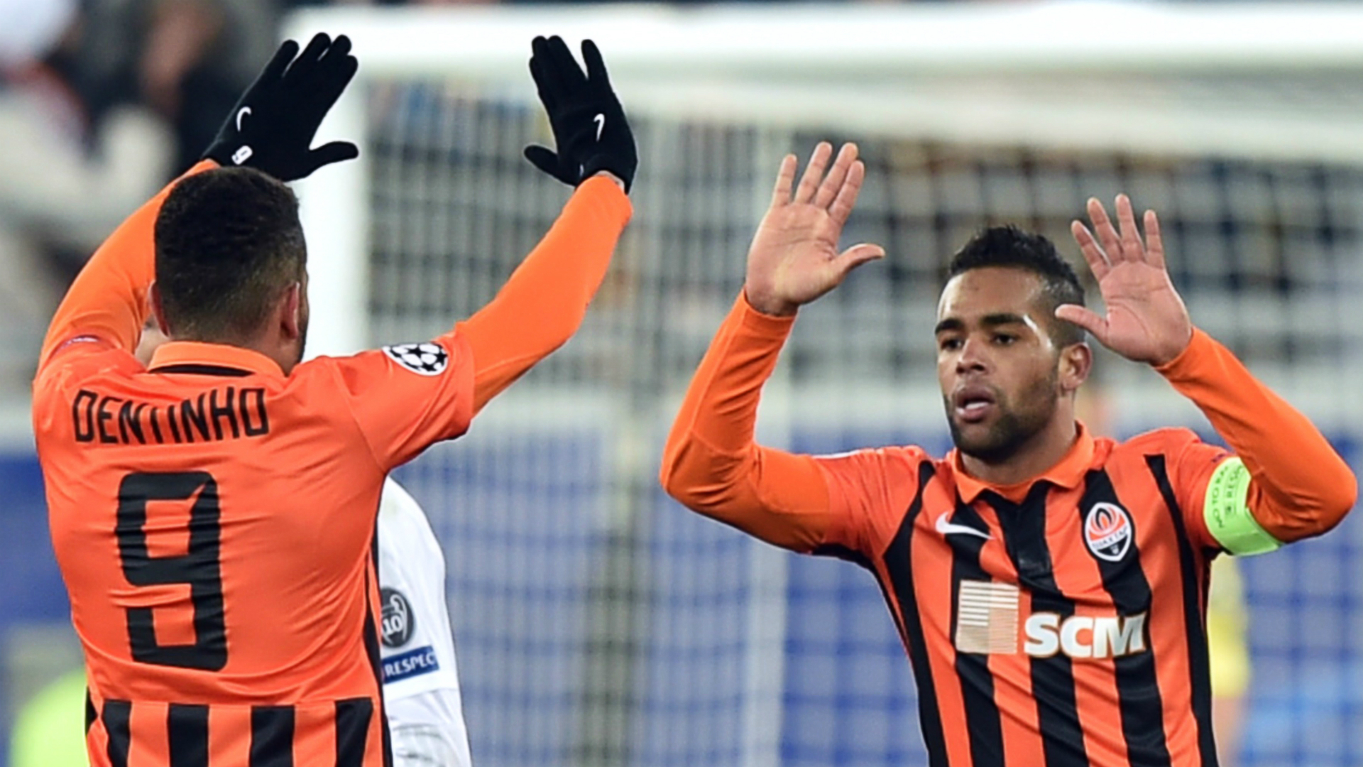 Alex Teixeira profile Who is the Liverpool and Chelsea tar