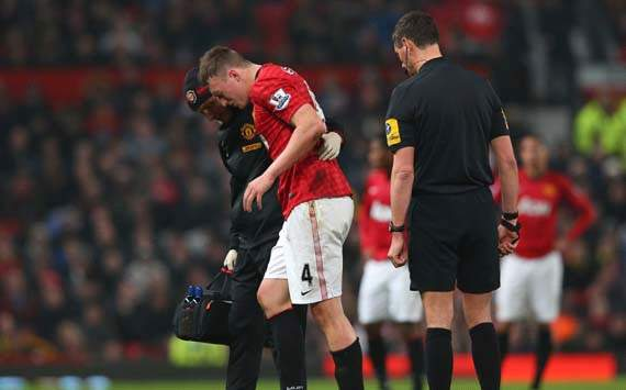 Jones a doubt for decisive Real Madrid clash after limping out of FA Cup tie