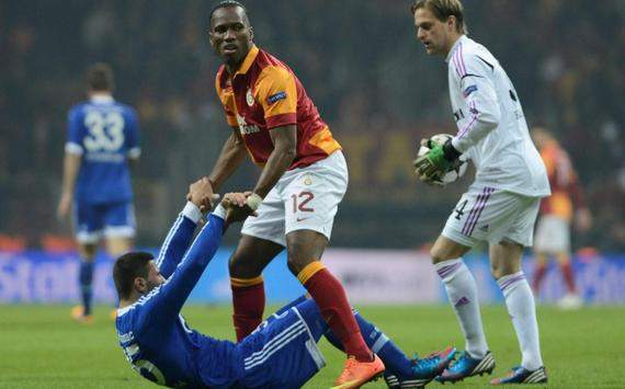 UCL: Drogba (Galatasaray) - Kolasinac, Hildebrand (Schalke)