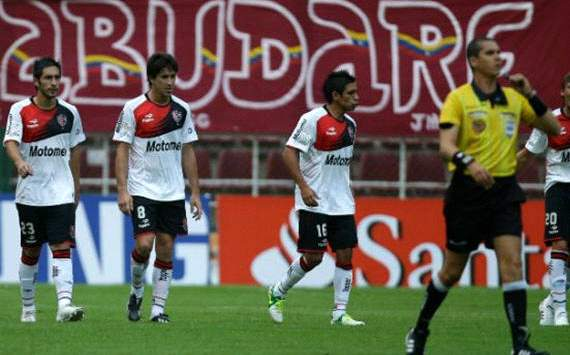 Deportivo Lara 2x1 Newells Old Boys: venezuelanos vencem e embolam o grupo