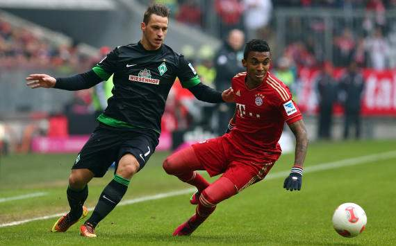 Luiz Gustavo will start against Arsenal, confirms Heynckes
