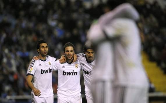 Real Madrid celebrates against Deportivo La Coruña