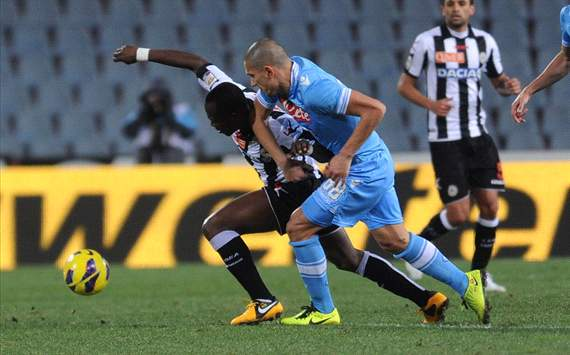 Emmanuel Badu (U), Gokhan Inler (N) - Udinese-Napoli - Serie A