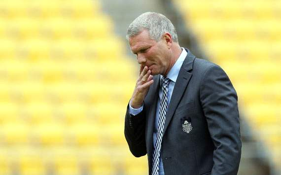 Ricki Herbert quits as Wellington Phoenix coach