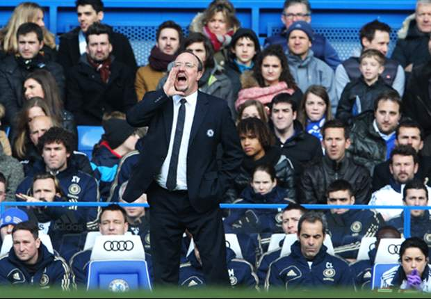 Benitez brushes off Chelsea fans' boos
