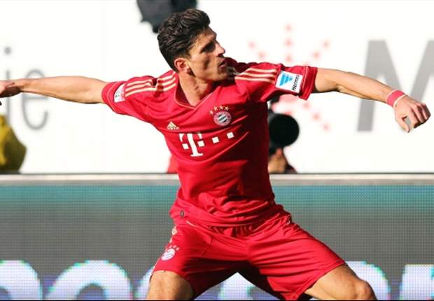 Gomez praises 'efficient' Bayern