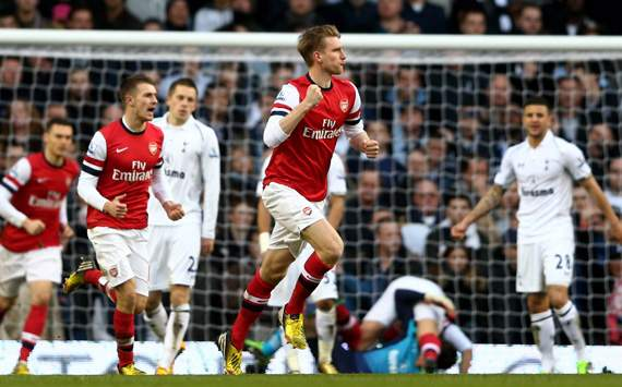 Tottenham defeat was a defensive wake-up call, says Mertesacker