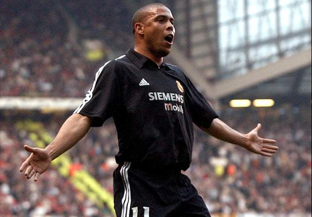 Former Brazil striker Ronaldo hits back after Sir Alex Ferguson's 'old and fat' comments
