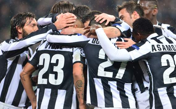 Juventus celebrating a goal vs Celtic