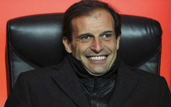 Galliani: Allegri welded to Milan bench