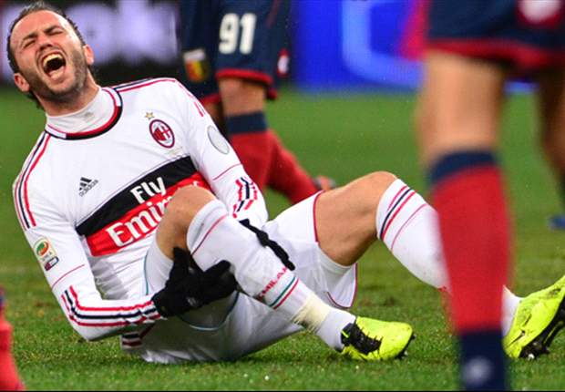 Milan's Pazzini ruled out of Barcelona clash