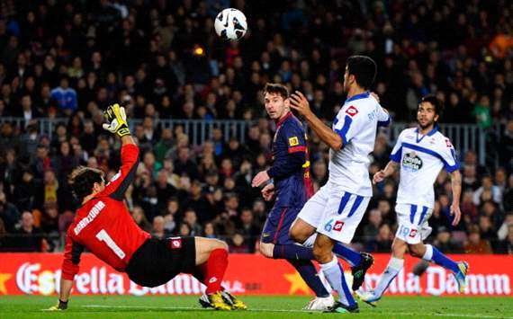 Messi breaks world record with goal against Deportivo