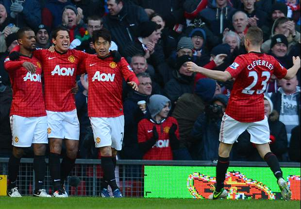 Chicharito opens scoring in Man Utd's FA Cup draw with Chelsea