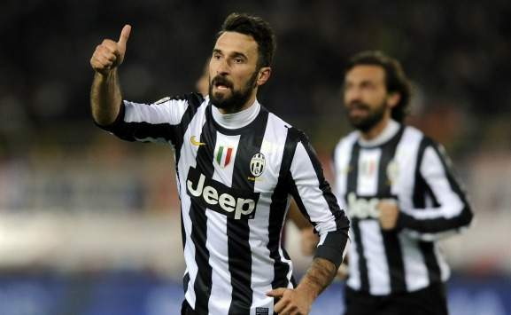 Vucinic in Bologna-Juventus (Serie A)
