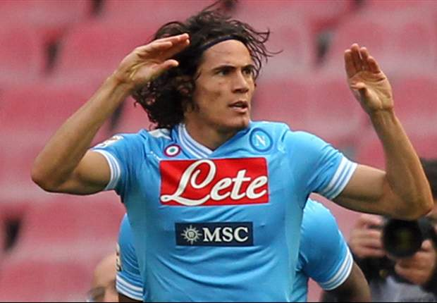 De Laurentiis: Only a nutter would be willing to pay the price for Cavani
