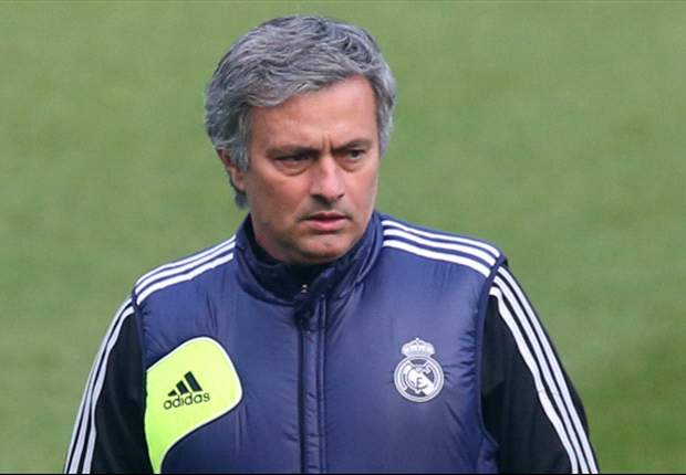 Chelsea target Mourinho coy on Inter return
