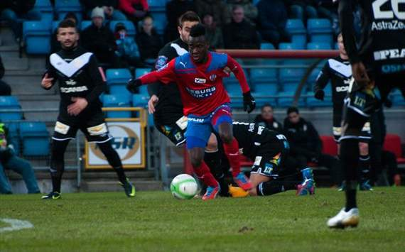 Accam shoots Helsingborg to the top