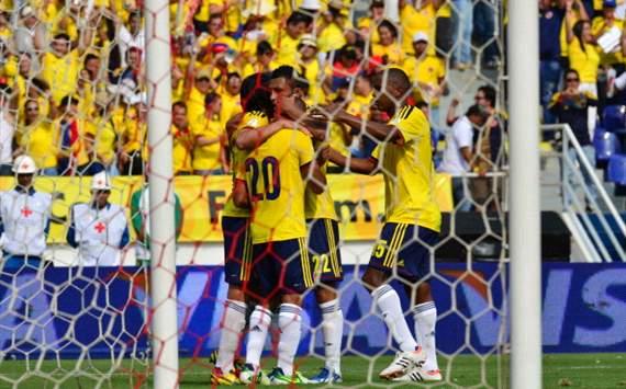 Selección Colombia celebra ante Bolivia