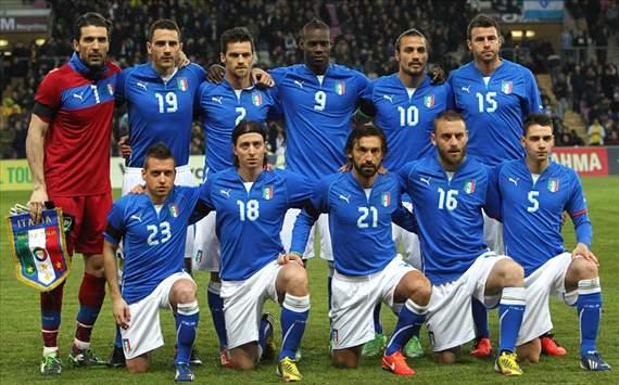 ... Jersey Brasil, Italia, Spanyol & Uruguay Di Piala Konfederasi 2013