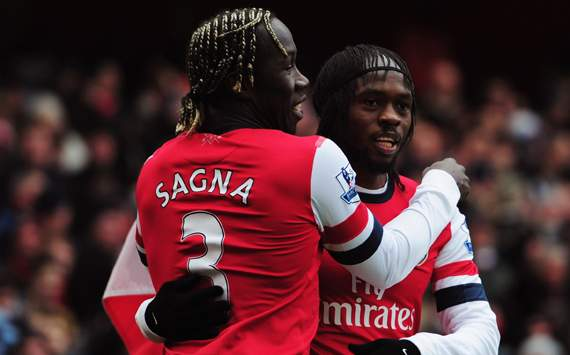 EPL - Arsenal vs Reading, Bacary Sagna & Gervinho