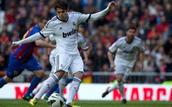 Kaká marca al Levante de penalti para Real Madrid