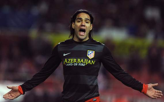 Falcao plays down Man Utd links