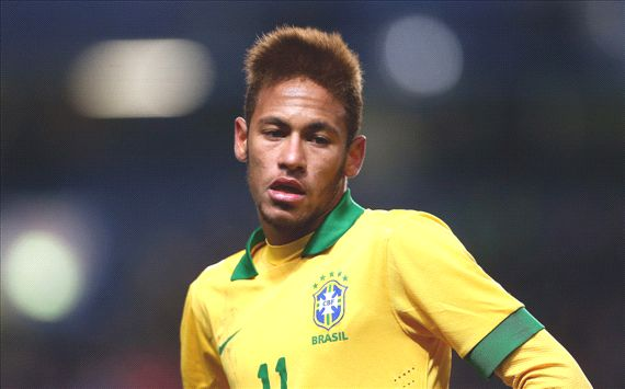 Neymar would help out Messi - Alves