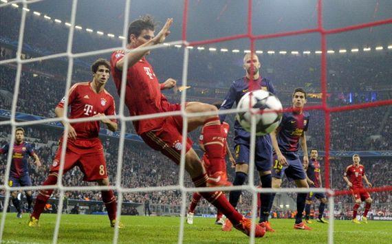 صور هزلية لميسي بعد خسارة برشلونة أمام بايرن ميونخ 0 ـ 4 صور كاريكاتير هزلي ميسي بعد الهزيمة في دوري أبطال اوروبا 2013 274652hp2