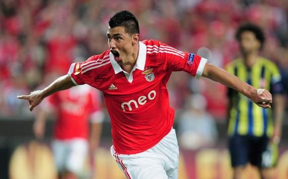 Oscar Cardozo - Benfica vs Fenerbahce