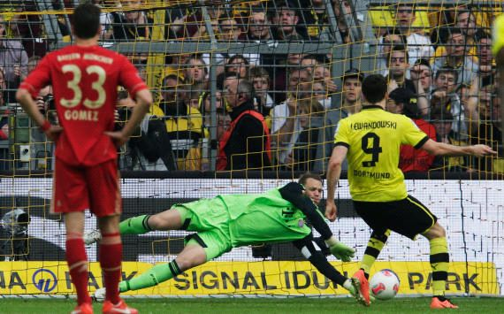 Neuer: Dortmund equal to Bayern