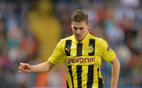 Juventus line up Piszczek move